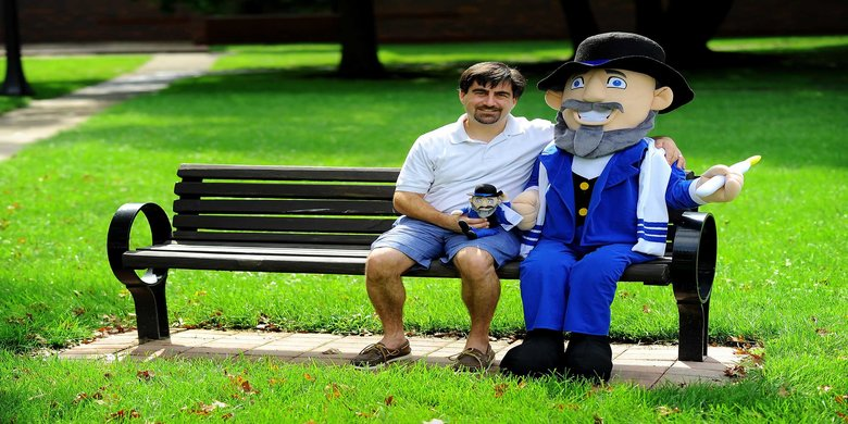 rsz menschonabench sharktank moshethemensch - Mensch On A Bench: Shark Tank Updates in 2020